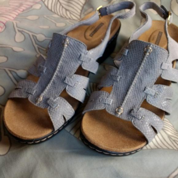 c19a7dfecd9 Clarks Shoes - Clarks Lexi Marigold Gray Snake Sandals 10W